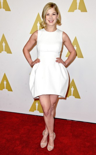 Rosamund Pike - concorre à melhor atriz